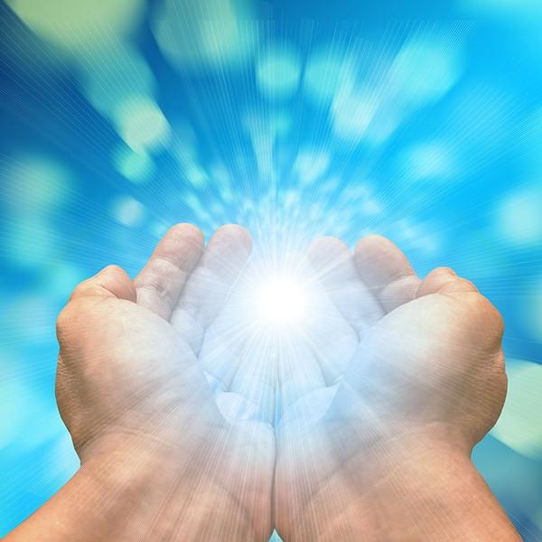 Berufshaftpflichtversicherung für Heiler-Energetiker-freie Bilder