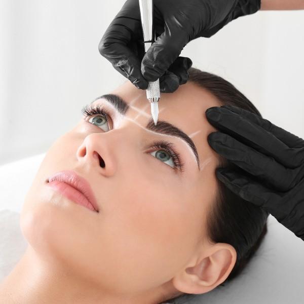 Kosmetik-Permanent-Makeup
